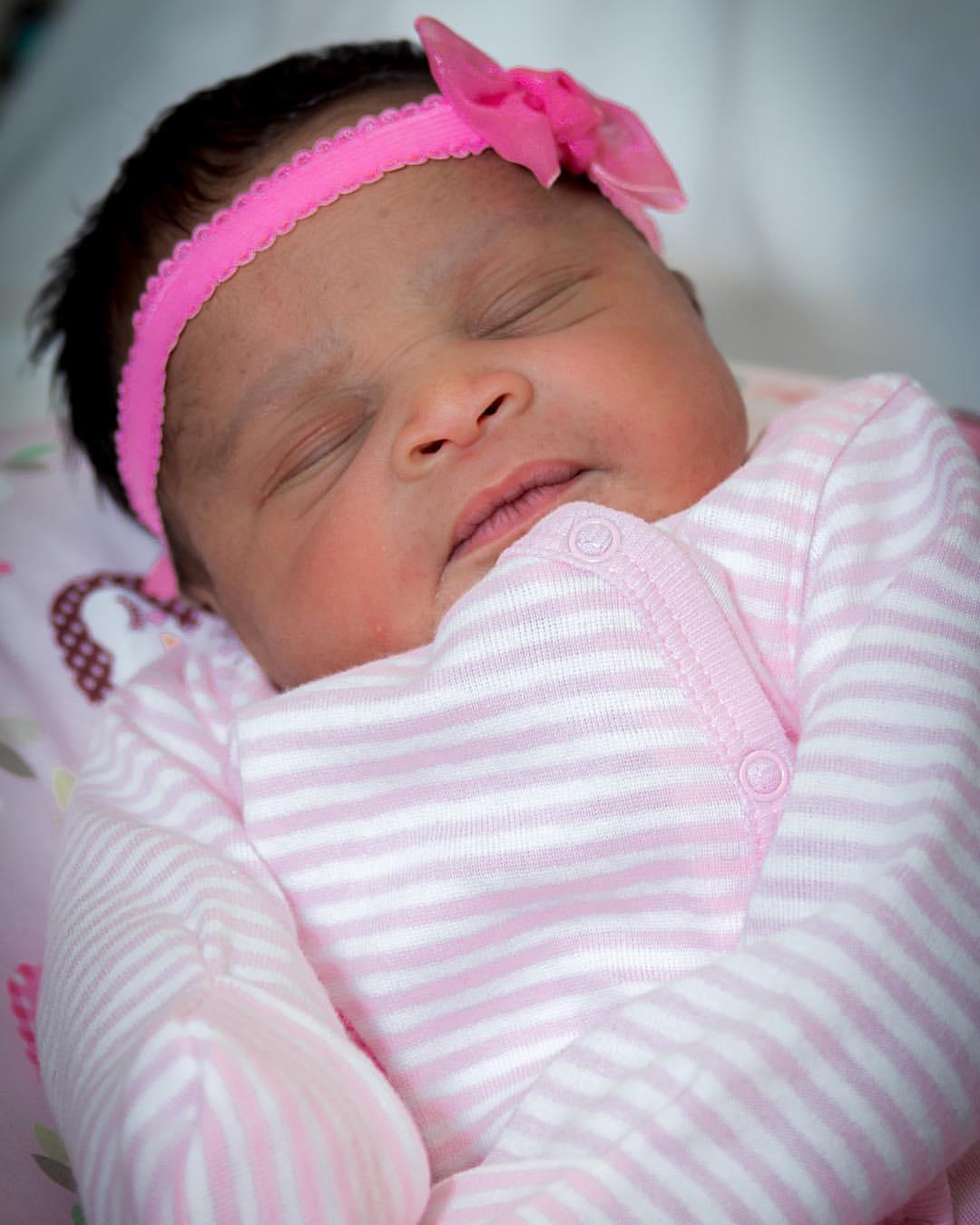 newborn riah.jpg